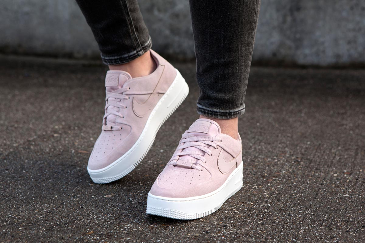 Nike-Air-Force-Roze