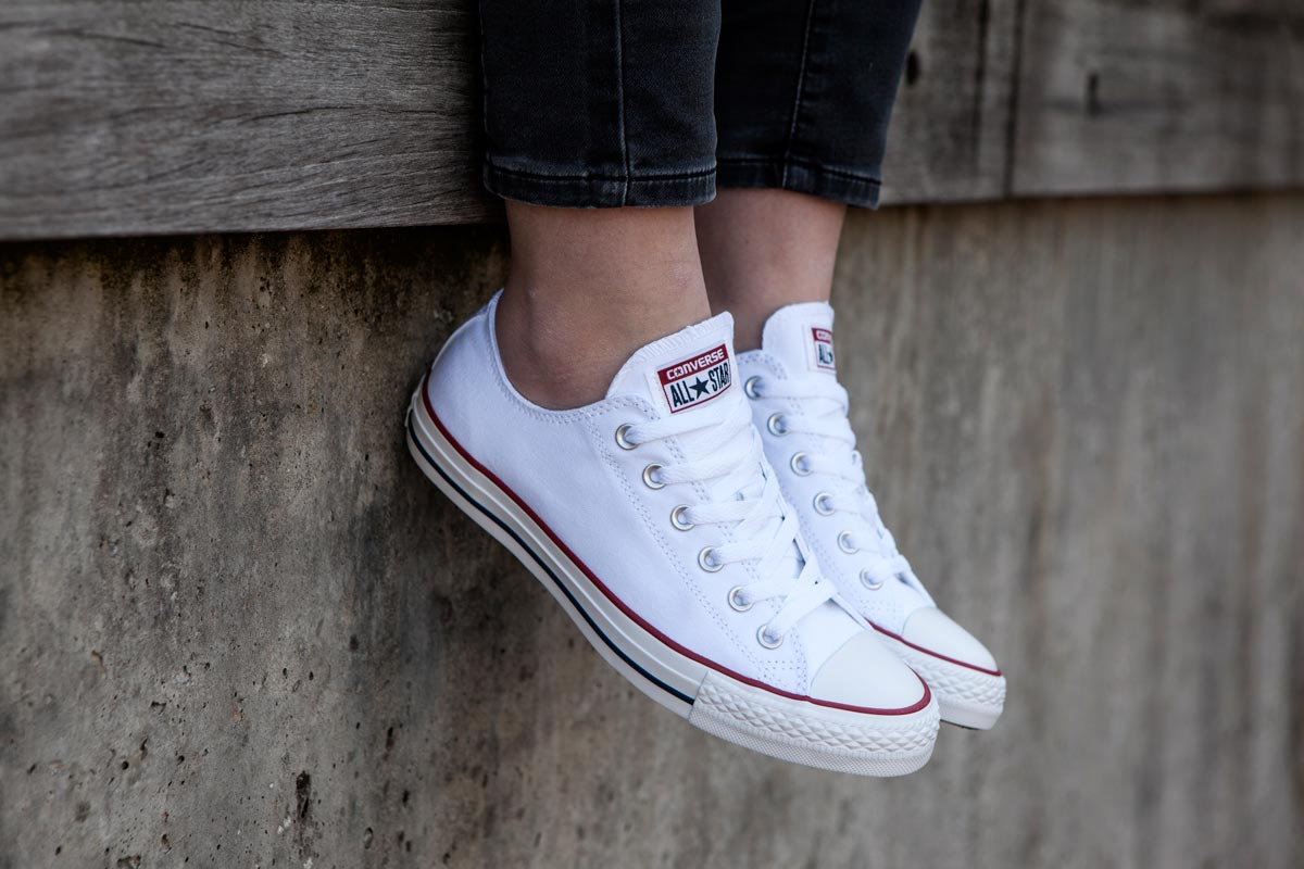 Witte converse sneakers